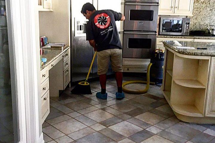 best water damage restoration cleaning service expert at work | DryCare Restoration | Best Water Fire Mold Damage Restoration and Crime Scene Cleanup, Los Angeles Ventura Orange County